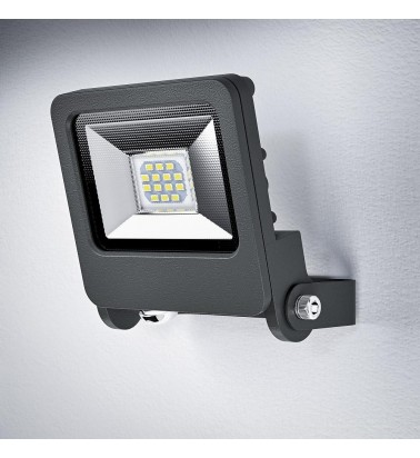 "10W Floodlight ""OSRAM"", 180°, warm white light"